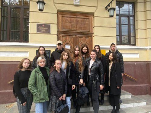 Студенты ФИиПО посетили Волгоградский областной краеведческий музей